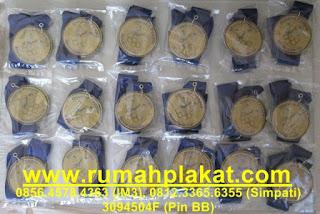 jual medali olahraga, bikin buat medali olimpiade, harga medali murah, 0812.3365.6355, www.rumahplakat.com