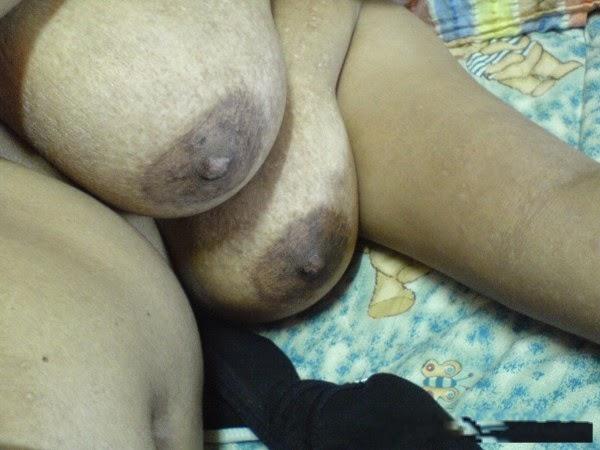 telugu hot aunty sleep her hot milky tits show   nudesibhabhi.com