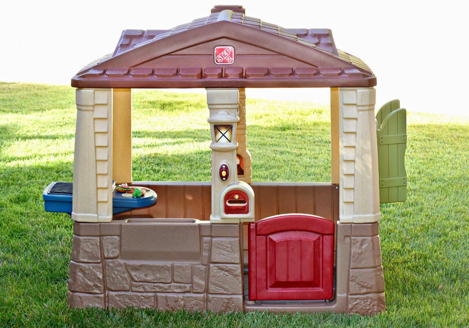 Mommy Testers, Step2 Neat & Tidy Cottage II, Step2 Neat & Tidy Cottage II Review, Best playhouse for toddlers,