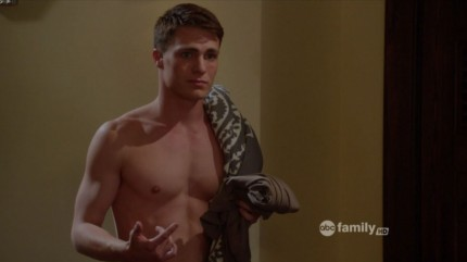 ausCAPS: Colton Haynes shirtless in Teen Wolf 2-02 Shape