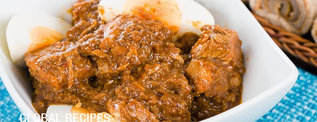 Recipe doro wot ethiopian chicken curry food for the hungry doro wot is a tasty traditional ethiopian chicken dish often quite spicy that is widely enjoyed at christmas time this recipe comes to us all the way forumfinder Choice Image