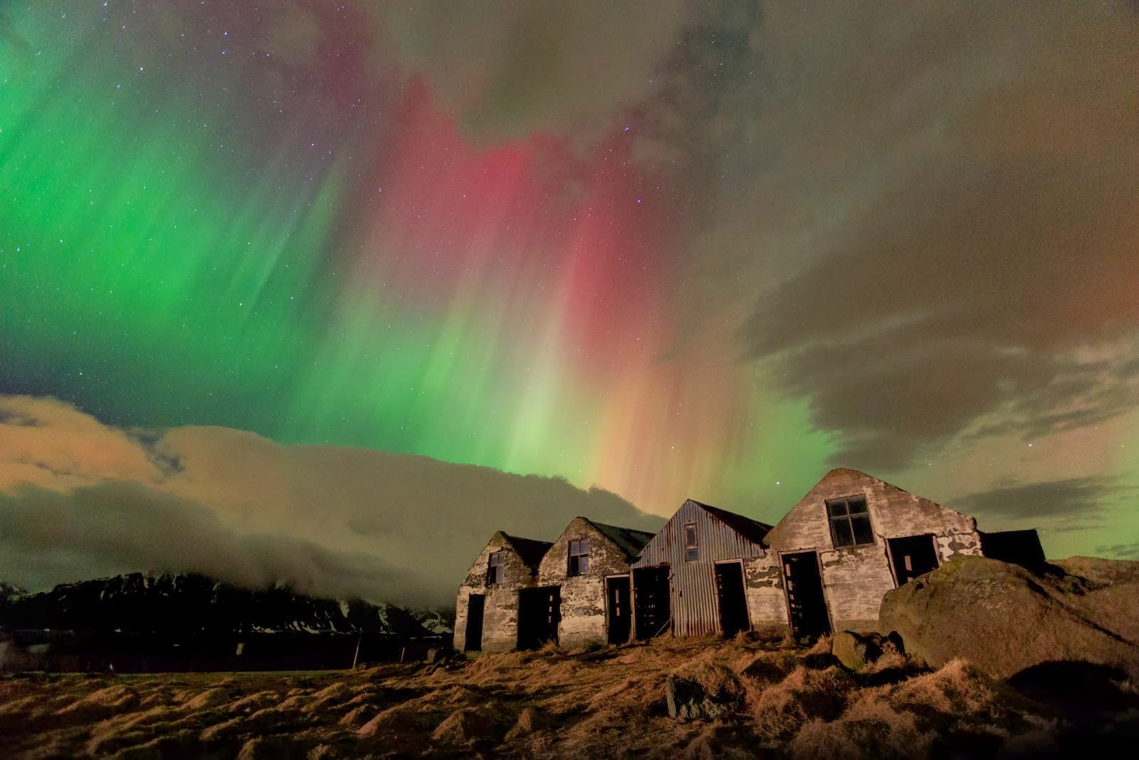 Northern Lights In Iceland. And The Ideal Place To See ...