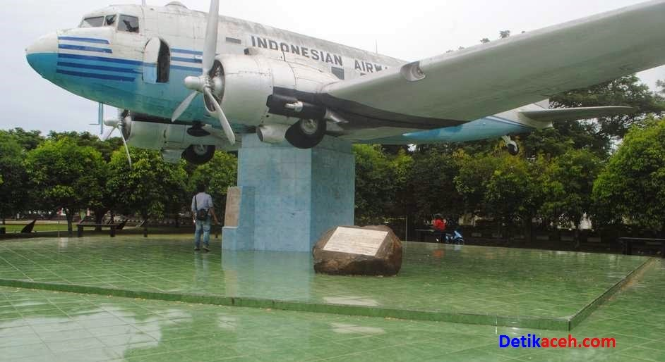 Pesawat Pertama Indonesia Dakota R-001 Seulawah
