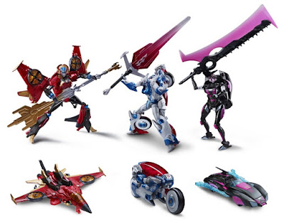 "San Diego Comic-Con 2015 Exclusive Transformers ""The Combiner Hunters"" Action Figure Box Set by Hasbro - Windblade, Arcee and Chromia"