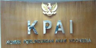 KPAI beri penghargaan pada Pemkab Banyuwangi atas program perlindungan anak di Banyuwangi.