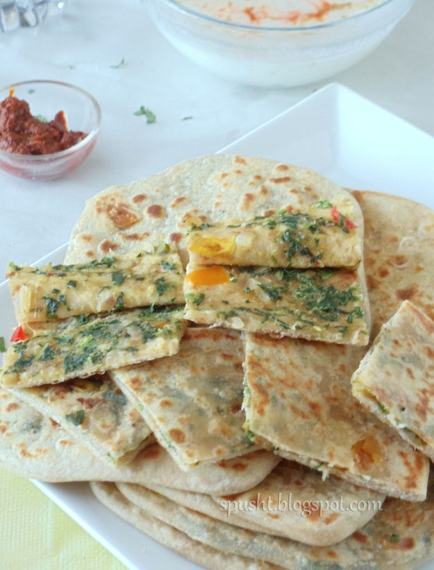 Palak aur Paneer ka Paratha | Indian Flatbread stuffed with Paneer and ...