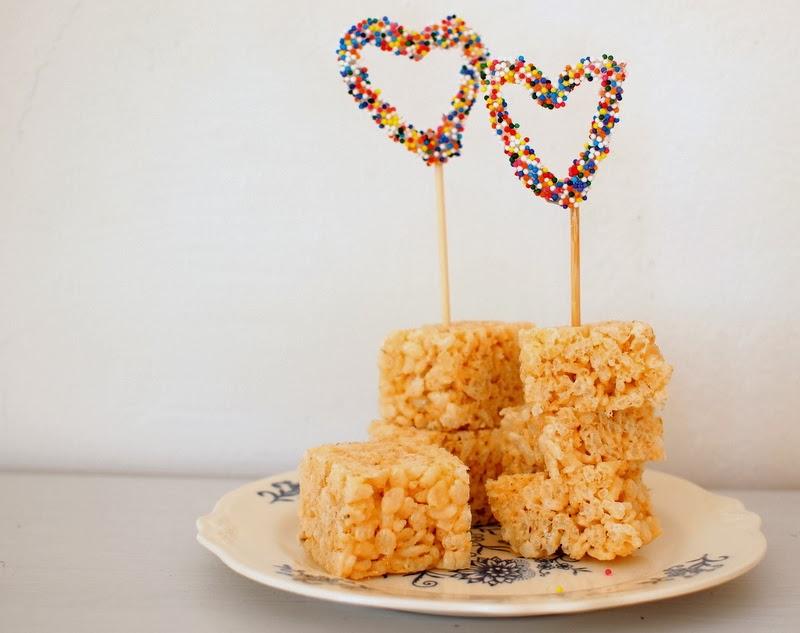 DIY Sprinkles cupcake toppers