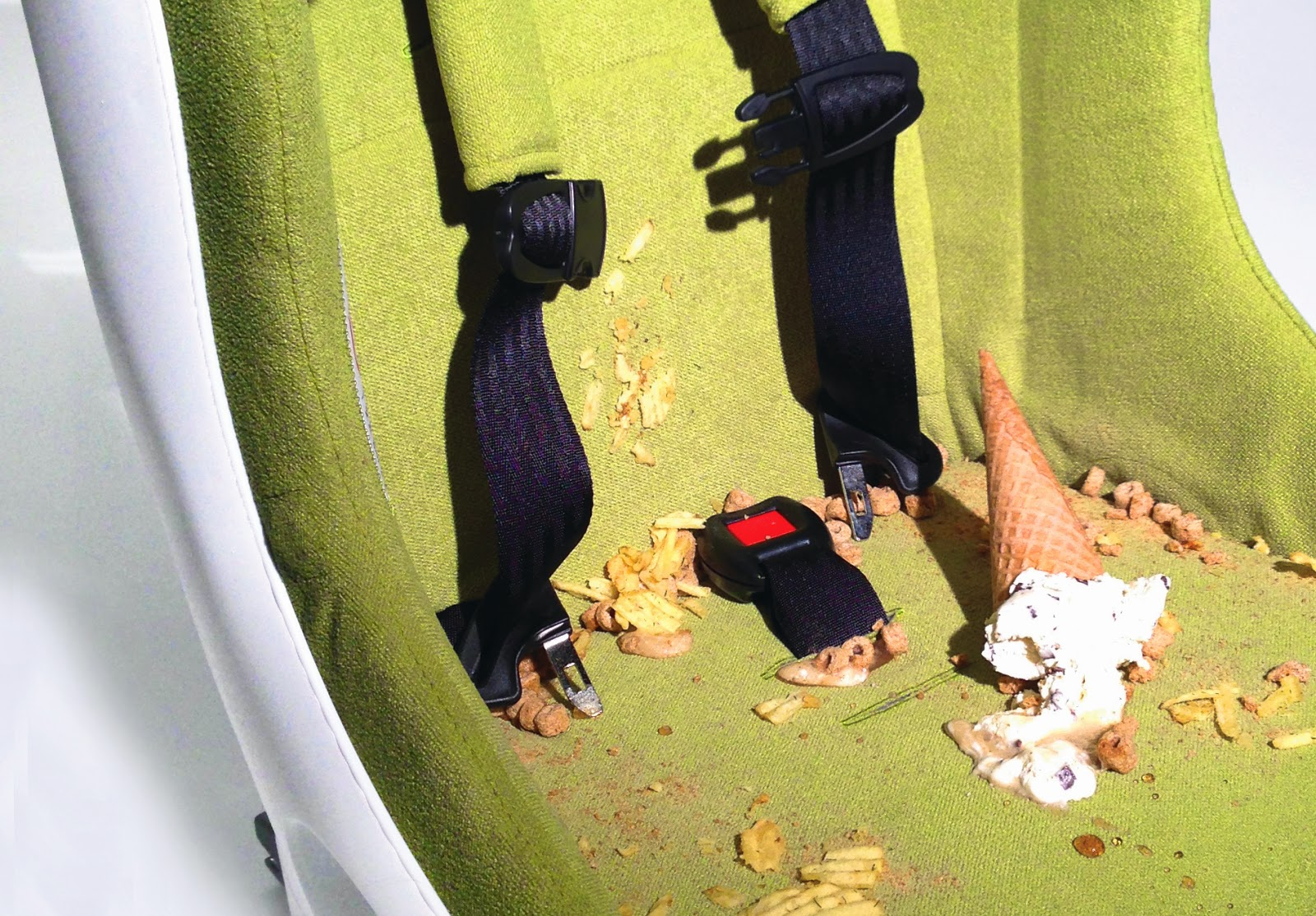 Cleaning your Car Seat:Tips from Clek