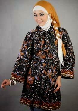 Model baju batik muslim sederhana