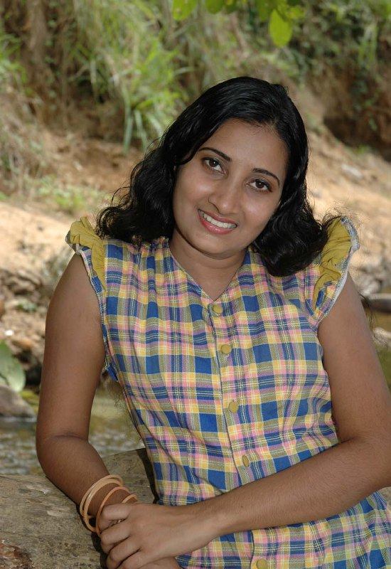 Madhu Nayanthi|Ceylon Teledrama Actress Photo Gallery