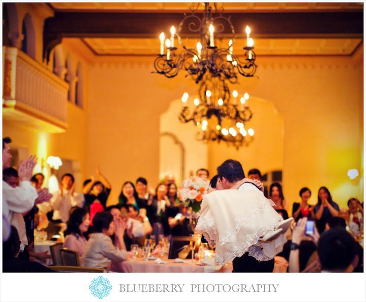 Orinda country club beautiful chandeliers kiss wedding photography