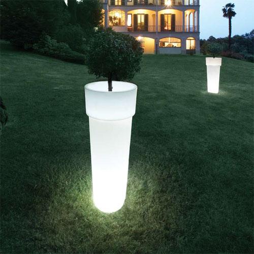 Idee casa vasi illuminati per esterno e interno serralunga - Vasi da giardino prezzi ...