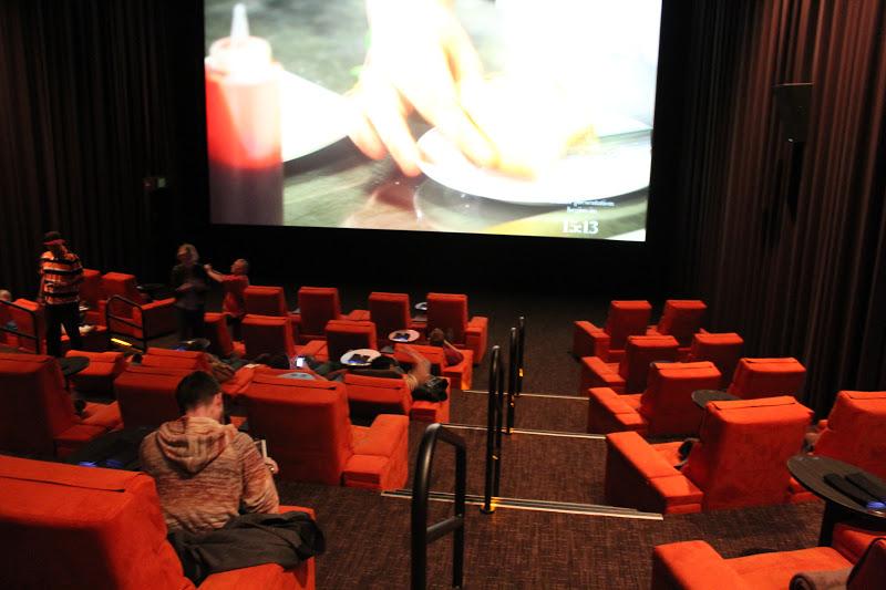 ipic theater pasadena ca