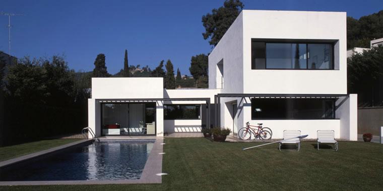 Construindo minha casa clean inspira es de fachadas - Decoracion de cocheras modernas ...