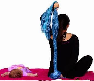biseps, triceps, pectoralis, mięśnie piersiowe, ćwiczenia mamy, ćwiczenia po ciąży, ćwiczenia z dzieckiem, ćwiczenia z niemowlakiem, mums exercises, afrer pregnancy exercises, postpartum exercises, exercises with your child, exercises with a baby, fitness, trening, training