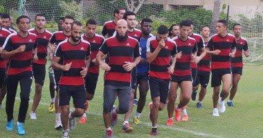 تحفيزات للاعبين نادي اسوان تقدمها لهم اداره النادي بقيمة 4500 جنيه لكل لاعب