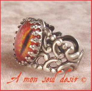 Bague bijou oeil yeux Sauron Mordor Le Seigneur de Anneaux The Lord of the Ring JRR Tolkien eye ring
