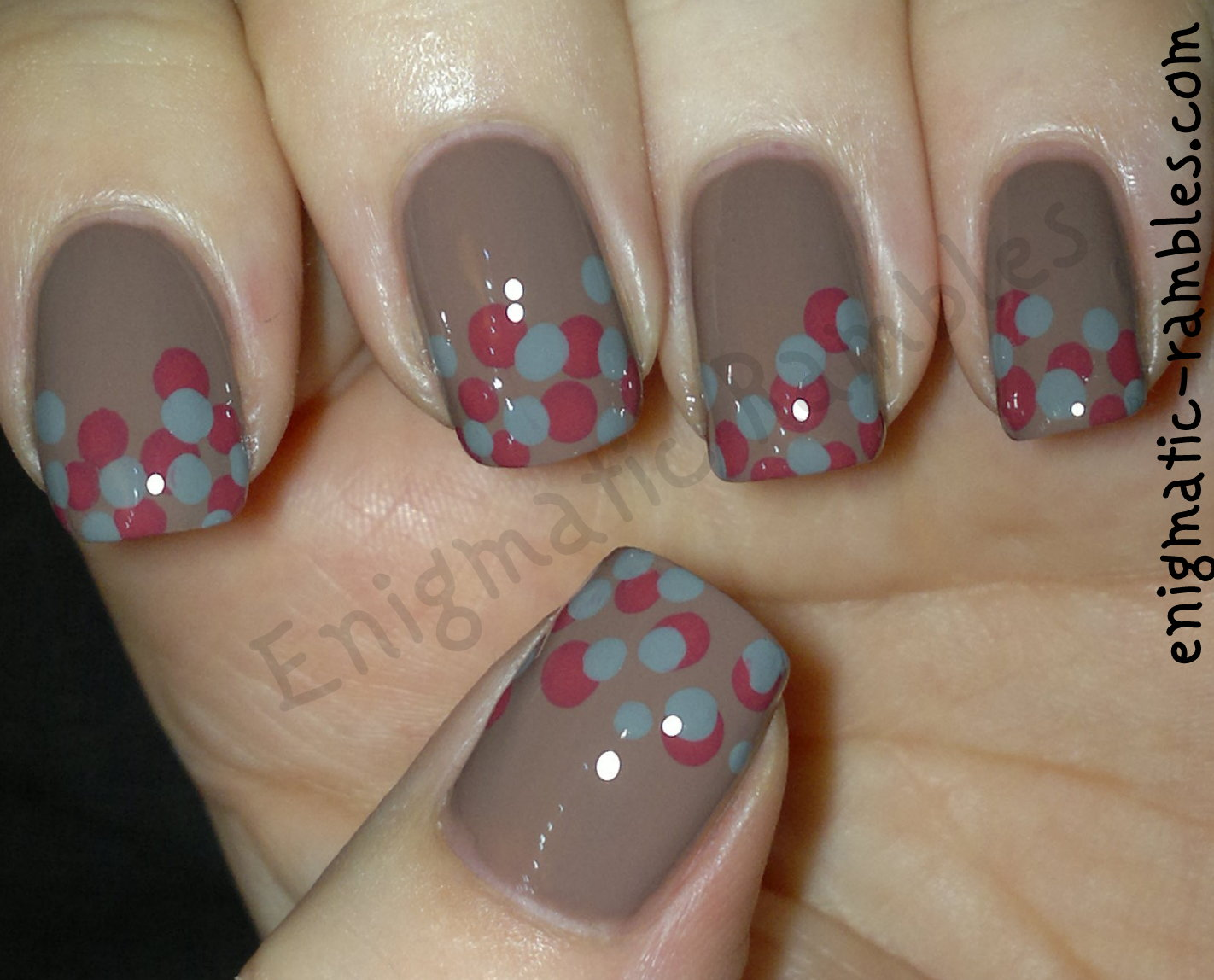 dots-dot-dotticure-tool-elf-smoky-brown-barry-m-la-femme-grey-cream