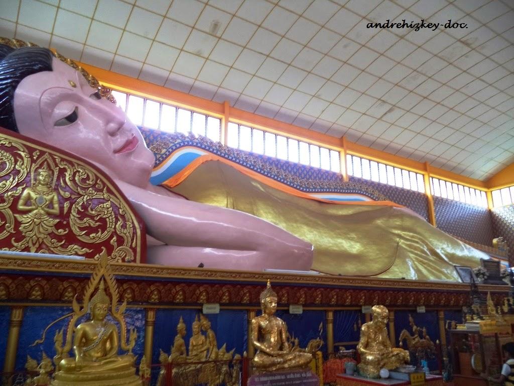Sleeping Buddha at Wat Chaiyamangalaram Thai Buddhist Temple