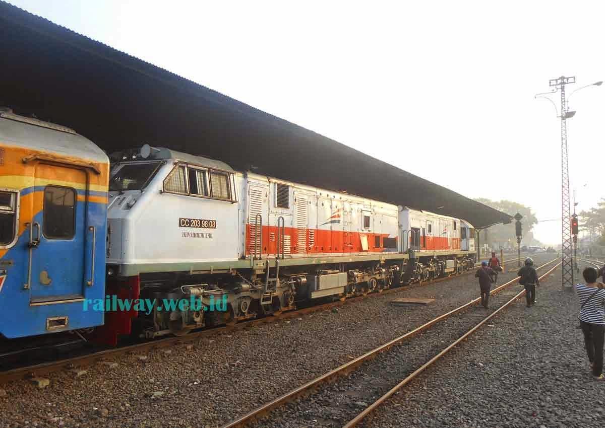 lokomotif krd wonokromo