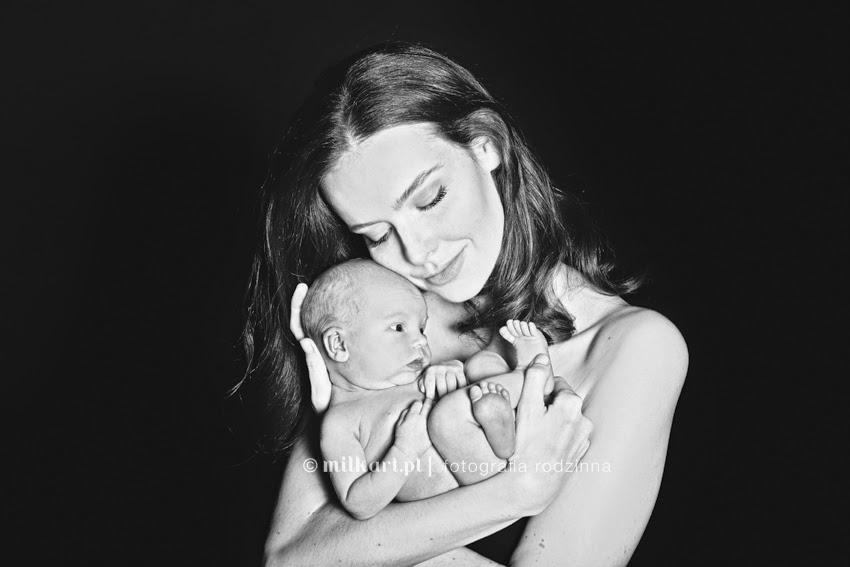 Sesje zdjęciowe rodzinne, sesja zdjęciowa niemowlęca, fotograf noworodkowy, profesjonalne studio fotograficzne