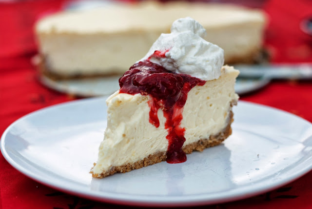 how to make strawberry sauce for cheesecake