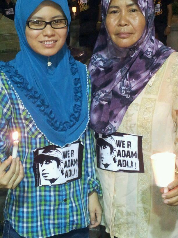 Mari Lihat Foto Melayu Moden - Bertudung Sambil Pegang Lilin Upacara ...
