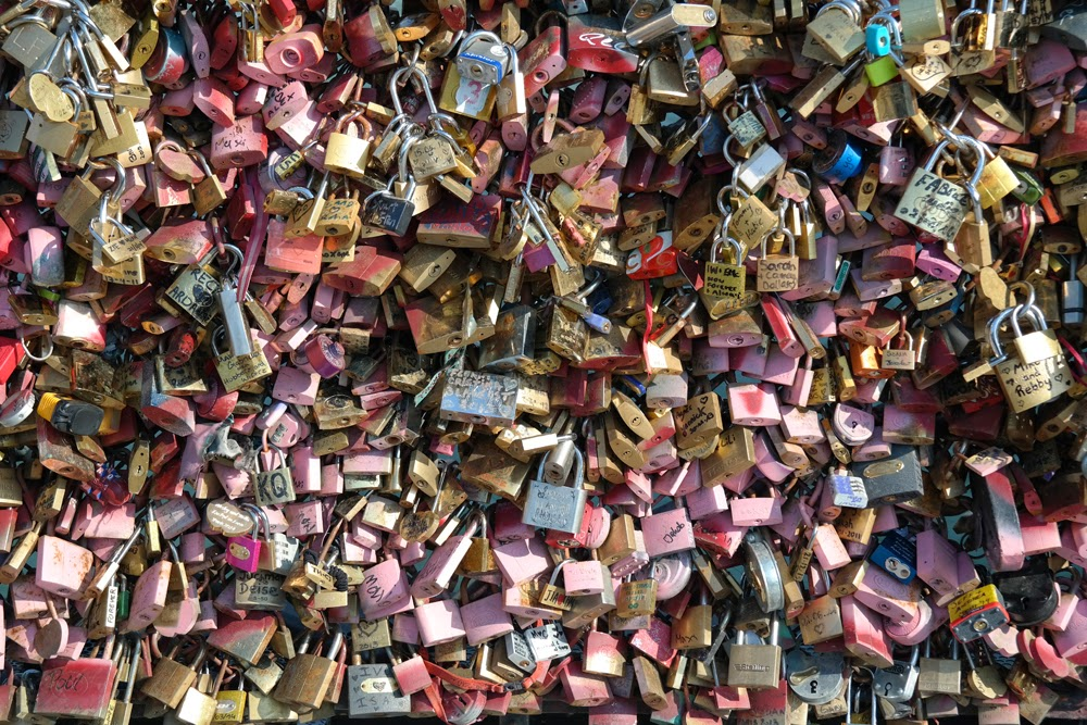 Loads of padlocks