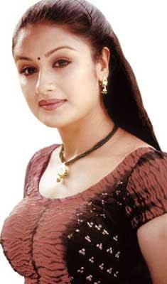 Tamil-Hot-Actress-Sonia-Agarwal