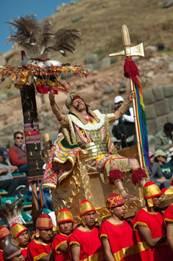 Cusco-tradicional-fiesta-al-sol-Inti-Raymi