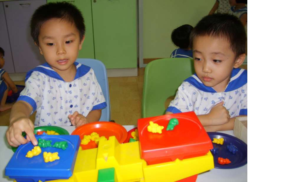 child in the preoperational stage essay Piaget's cognitive development essay piaget's theory of cognitive development is a theory about the nature and development of human aptitude it was originally known.