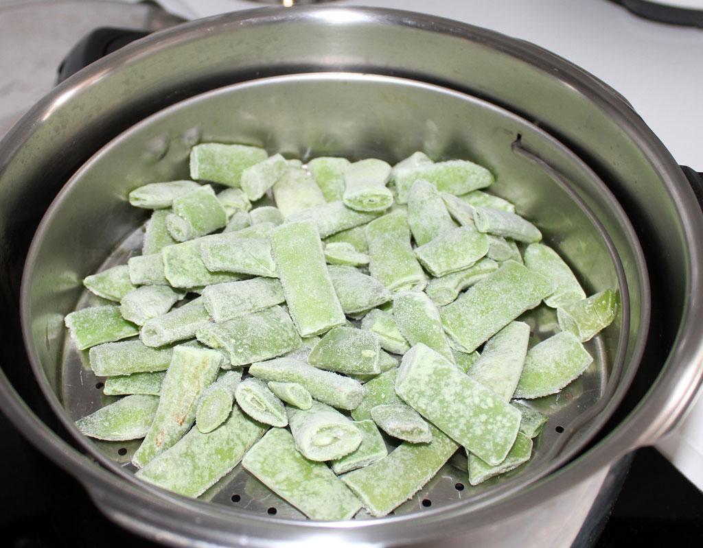 Cocina en olla rapida verdura congelada cocinada al vapor - Olla cocinar al vapor ...