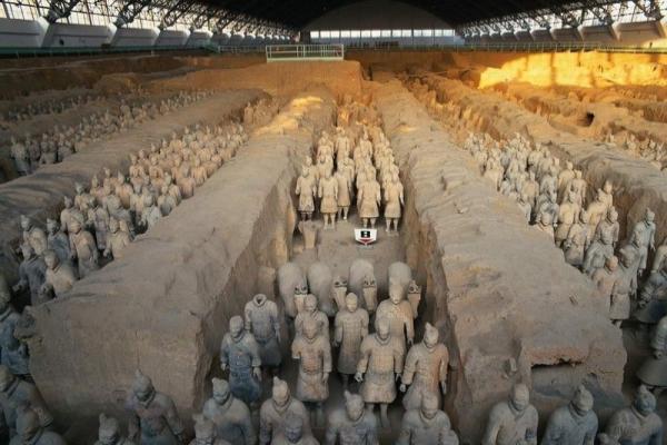 Kral mezarları milattan önceki çin tarihi ve kültürü konulu ilk