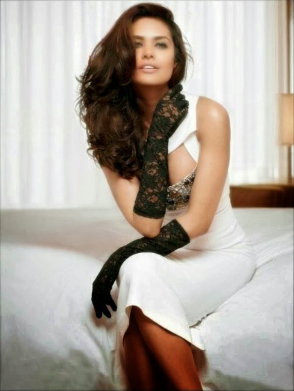 Esha gupta hot erotic hd wallpapers