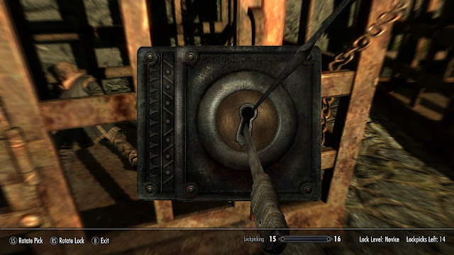 skyrim lockpicking screenshot