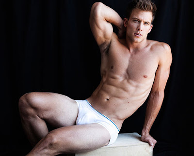 Maxwell Zagorski by Greg Vaughan-3