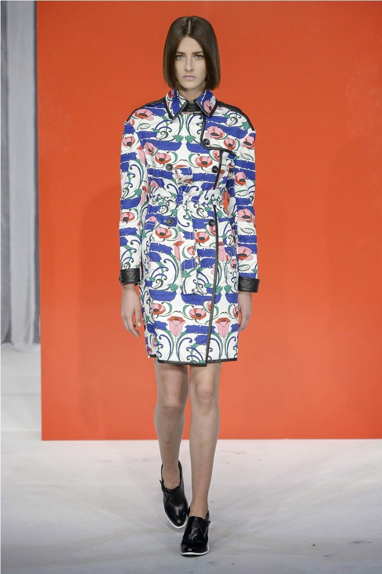 Reinaldo-Lourenco, Reinaldo-Lourenço, Reinaldo-Lourenco-Ready-to-wear, ready-to-wear, reinaldo-lourenco-spring-summer, reinaldo-lourenco-spring-summer-2015, reinaldo-lourenco-verao-2015, reinaldo-lourenco-verao, reinaldo-lourenco-moda-mulher, robes-soirée, robes-cocktail, spfw, printemps-ete-2015, bresil-fashion-week, brazil-fashion, brazil-fashion-week, du-dessin-aux-podiums, dudessinauxpodiums, robe-pas-cher, robes-girly, robes-pas-cher, mode-à-petits-prix, fashion, mode, blog-mode, dresses-online, plus-size-dresses, ladies-dresses, womenswear, designer-dresses, site-vetement-femme, robes-sexy, sexy-clothes, robe-guess, robe-classe,-sao-paulo-fashion-week, spring-summer-2015