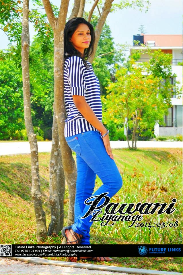 Pawani Liyanage thighs blue