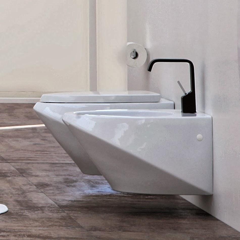 Amedeo liberatoscioli sanitari sospesi guida alla scelta - Quanto costano i sanitari del bagno ...