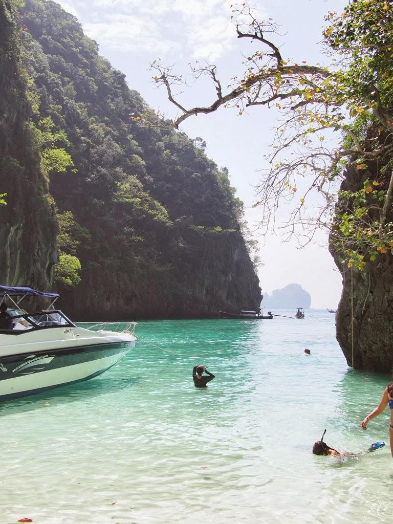 phi phi speedboat trip
