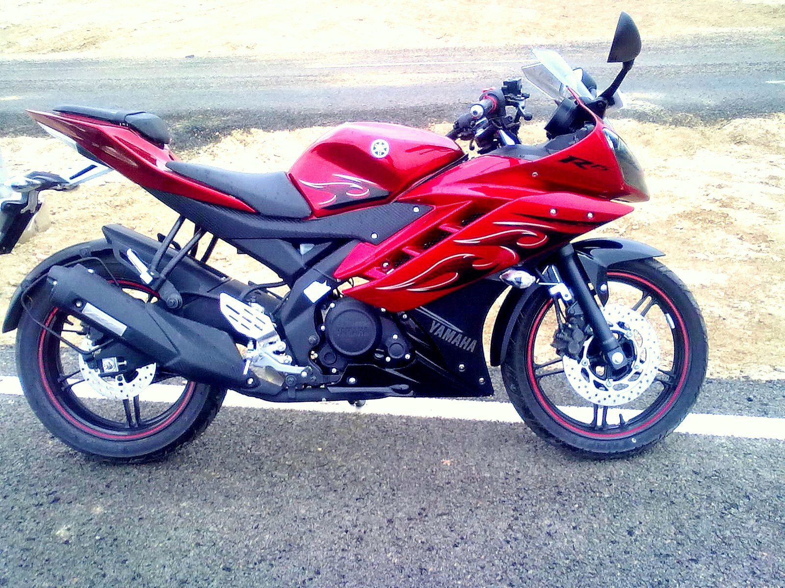 R15 Yamaha Wallpaper The gallery for -->...