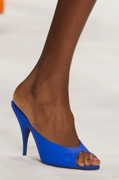 Moschino-trends-elblogdepatricia-shoes-calzado-zapatos-scarpe-calzature