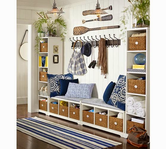 13 Superb Modern Living Room With Pool Ideas That Will: ESTILO RUSTICO: Vestibulos Rusticos / Rustic Style Entries