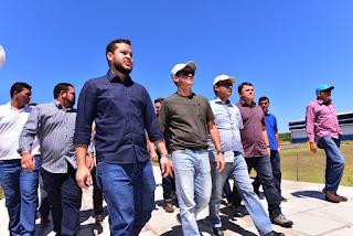 Governador David Almeida visita Coari e anuncia investimentos de R$ 53 milhões