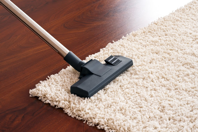 Cara Berkesan Membersihkan Karpet Yang Berhabuk
