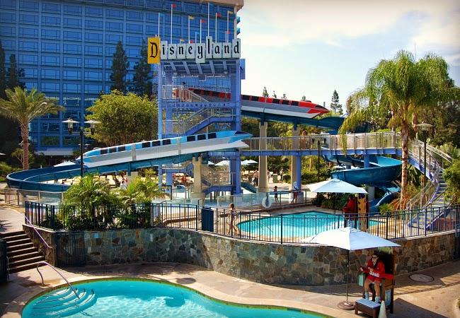 Piscinas Disneylandia