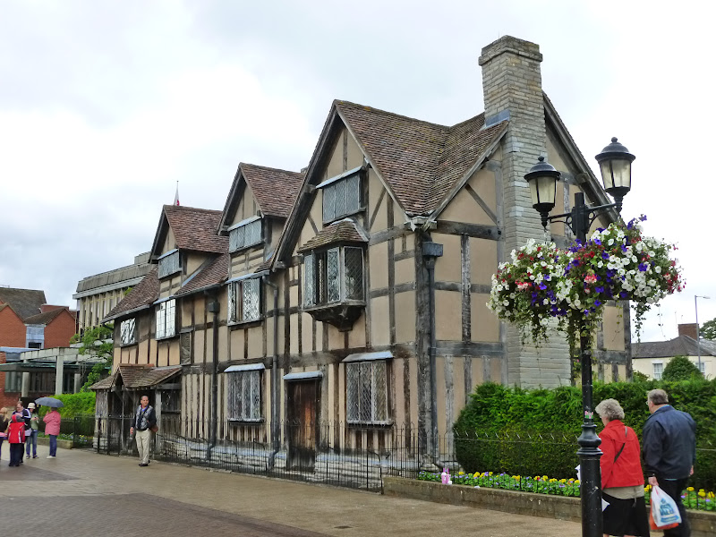 Stratford upon Avon, England | The GREAT Britain Travel Bucket List | via It's Travel O'Clock