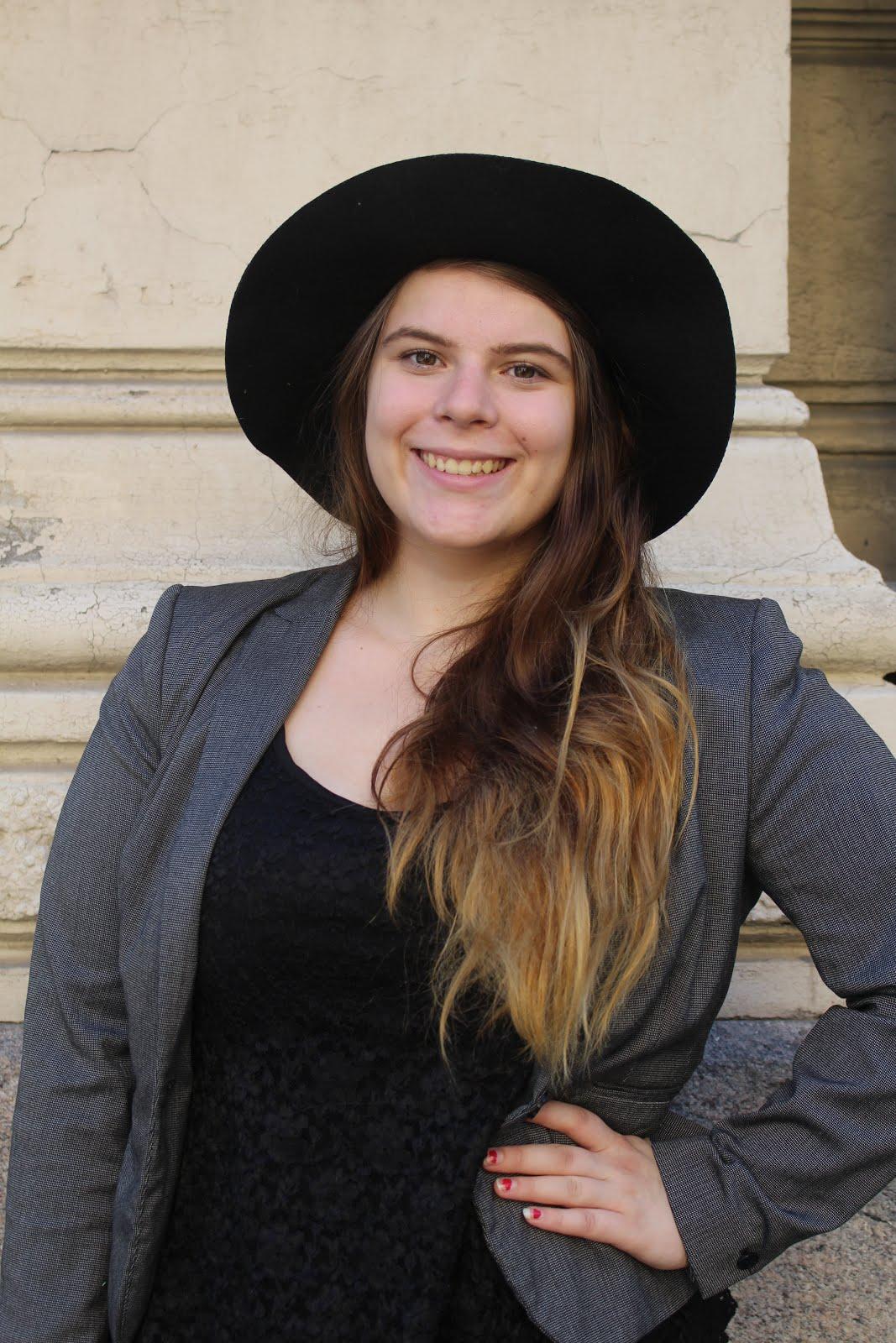 Sanna, 21