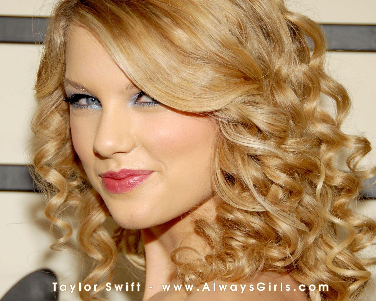 http://4.bp.blogspot.com/-a9XnvOWU4hE/T7GWHxyEwoI/AAAAAAAAArU/iSQNgKrl-8Q/s1600/Taylor_Swift_42.jpg