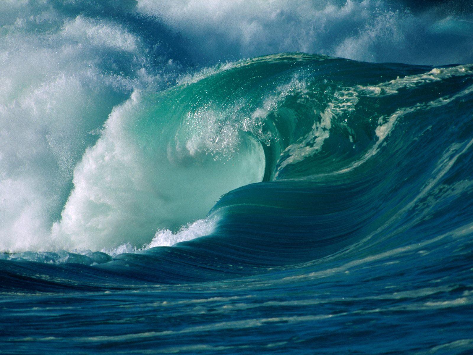 http://4.bp.blogspot.com/-a9YE0XwLR7Q/TiPPtXXo6LI/AAAAAAAAAIc/PCa6_2tSFf0/s1600/Surf_great_waves_06.jpg